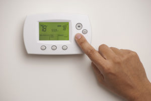 Programmable thermostat to save money on heating costs